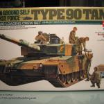 01 The box and its content Type 90 J G S D F Tamiya 35260
