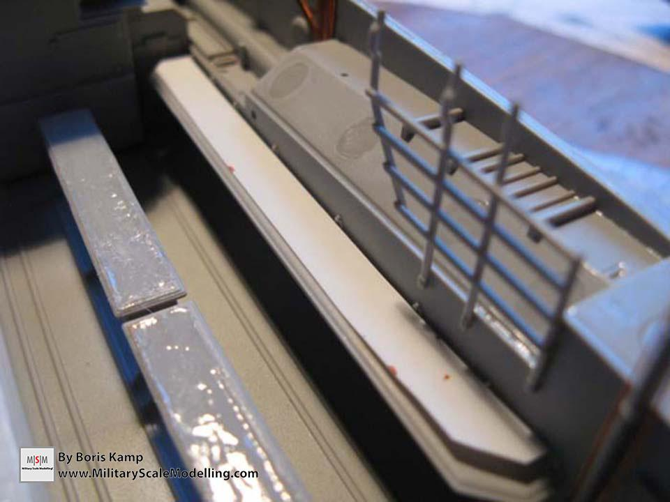 improving the benches (AAVP-7A1 RAM RS HobbyBoss 82415)