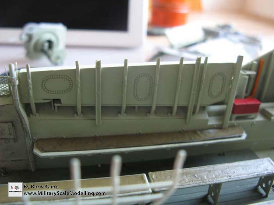 painted the interior and made the first step with weathering (AAVP-7A1 RAM RS Hob­byBoss 82415)