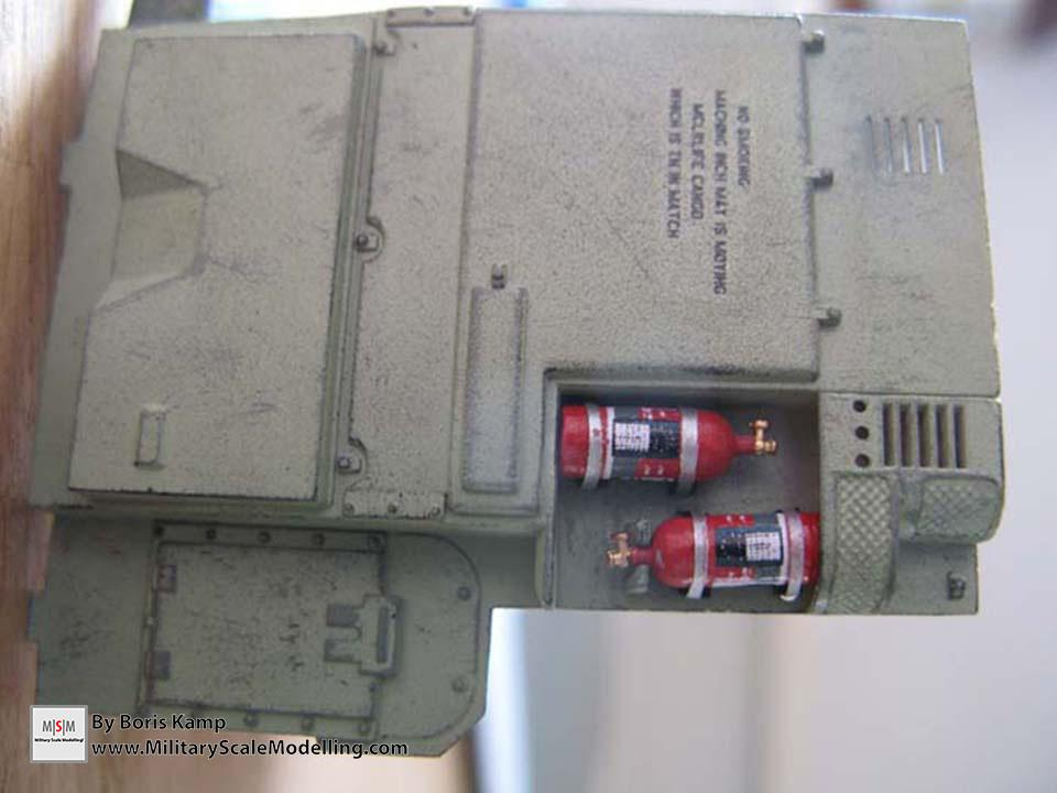 Scratched the metal bandings around the fire extinguishers. Look way better (AAVP-7A1 RAM RS HobbyBoss 82415)