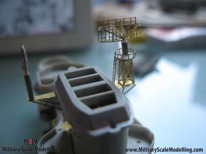 081 creating a radar tower JPG USS ESSEX CV9 In Progress Pictures