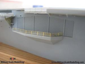 109 added fencing to the sides JPG USS ESSEX CV9 In Progress Pictures