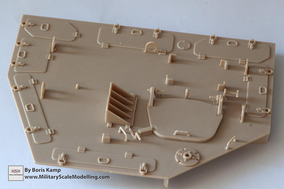 exterior side of the roof (1:35 D9R Bulldozer Meng SS-002)