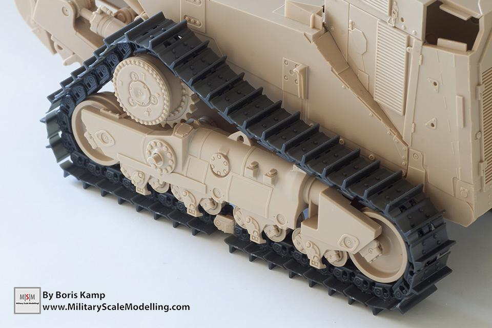 the tracks are to loose (1:35 D9R Bulldozer Meng SS-002)