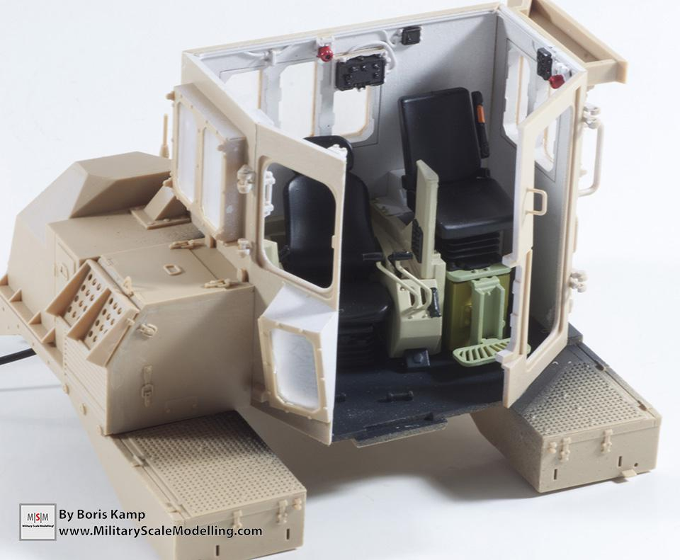 interior color is added (1:35 D9R Bulldozer Meng SS-002)