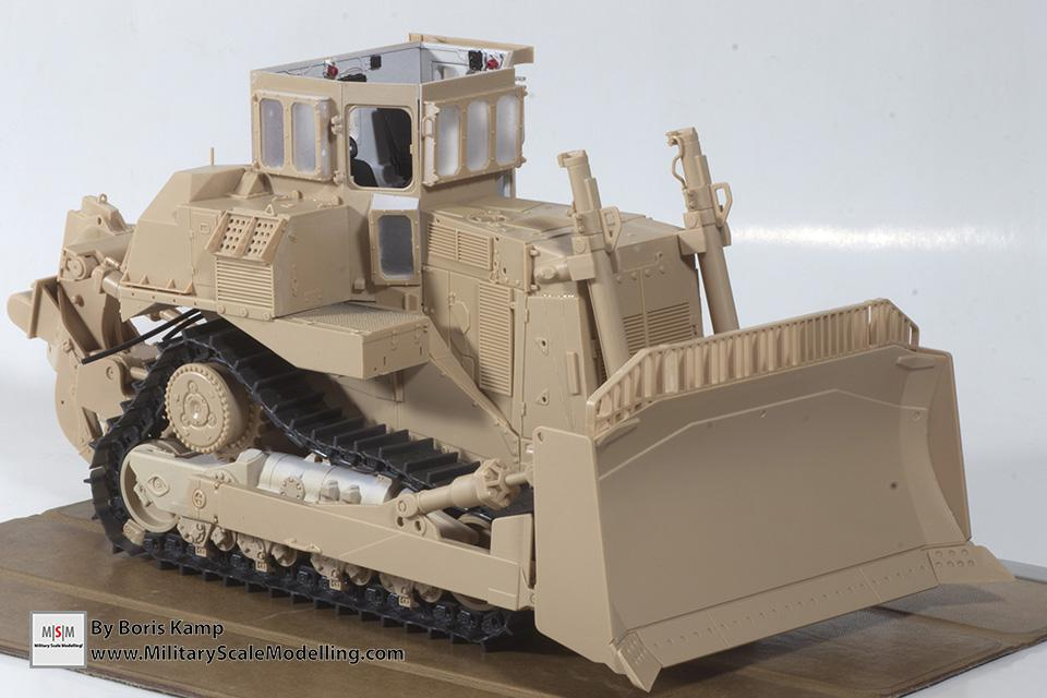 a dryfit of the D9R (1:35 D9R Bulldozer Meng SS-002)