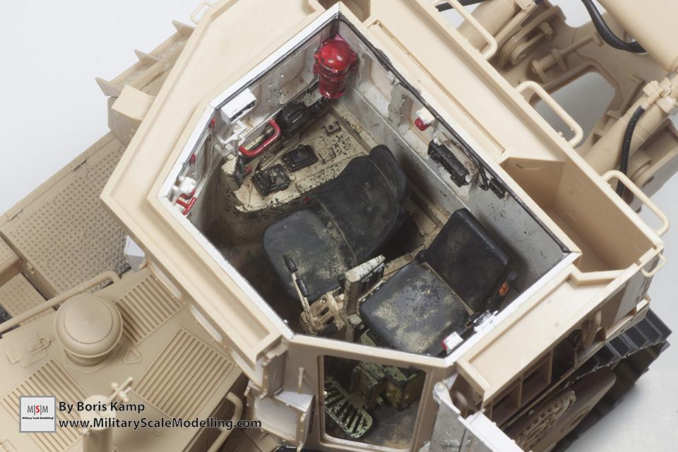 Weathered interior (1:35 D9R Bulldozer Meng SS-002)