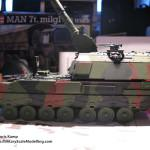 045 finished the camo pattern Panzerhaubitze 2000 Revell 803042