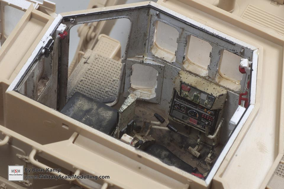 Painted interior (1:35 D9R Bulldozer Meng SS-002)