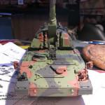 048 finished the camo pattern Panzerhaubitze 2000 Revell 803042