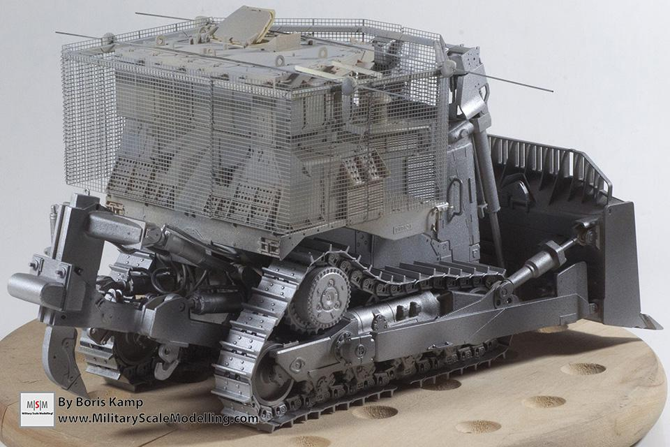 bare steel color (1:35 D9R Bulldozer Meng SS-002)