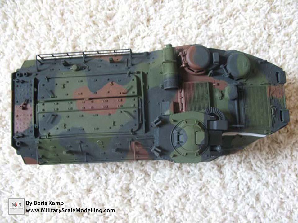 Applied the three tone NATO camo (AAVP-7A1 RAM RS Hob­byBoss 82415)