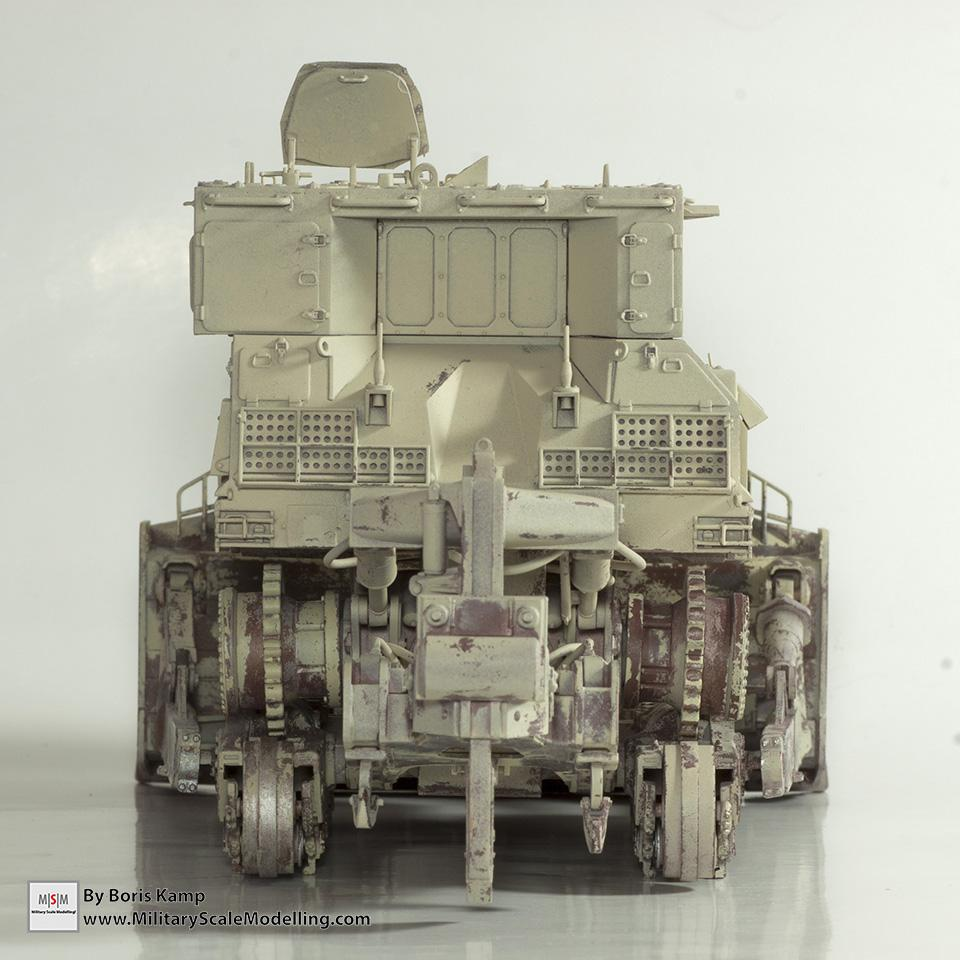 rear view second paint layer (1:35 D9R Bulldozer Meng SS-002)