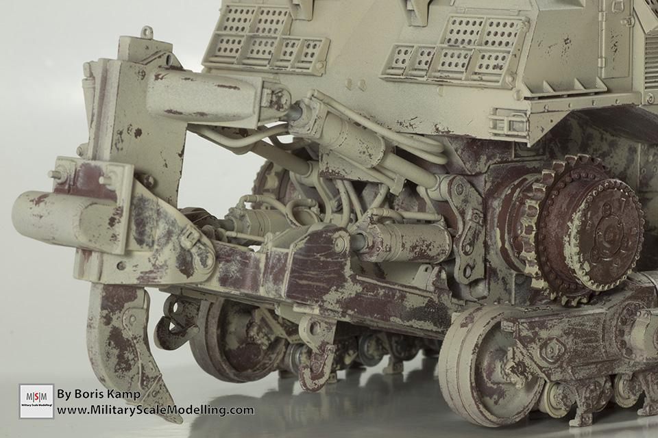 closeup of the ripper (1:35 D9R Bulldozer Meng SS-002)
