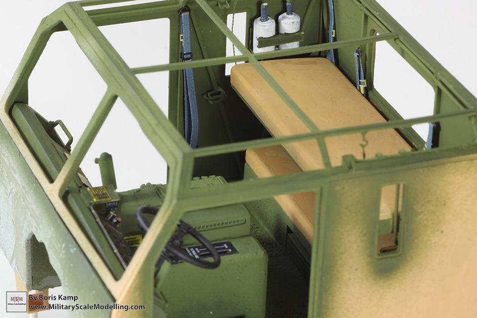 M1070 HET interior (M1070 Truck Transporter & M1000 HET)