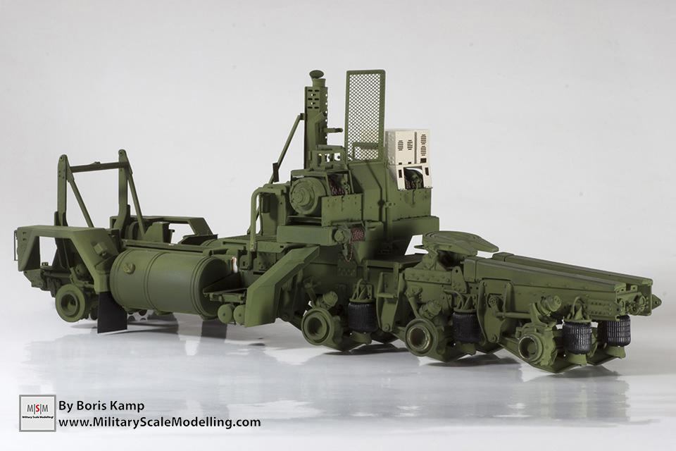M1070 tractor chassis (M1070 Truck Transporter & M1000 HET)