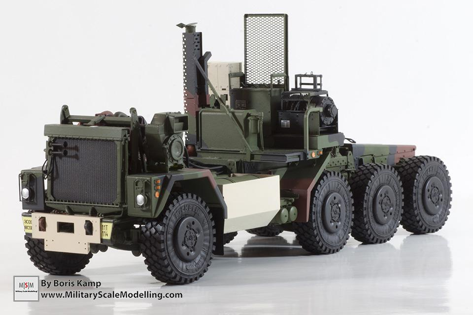 M1070 chassis painted (M1070 Truck Transporter & M1000 HET)