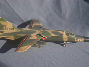F-111D/E Aardvark (HobbyBoss 80350)
