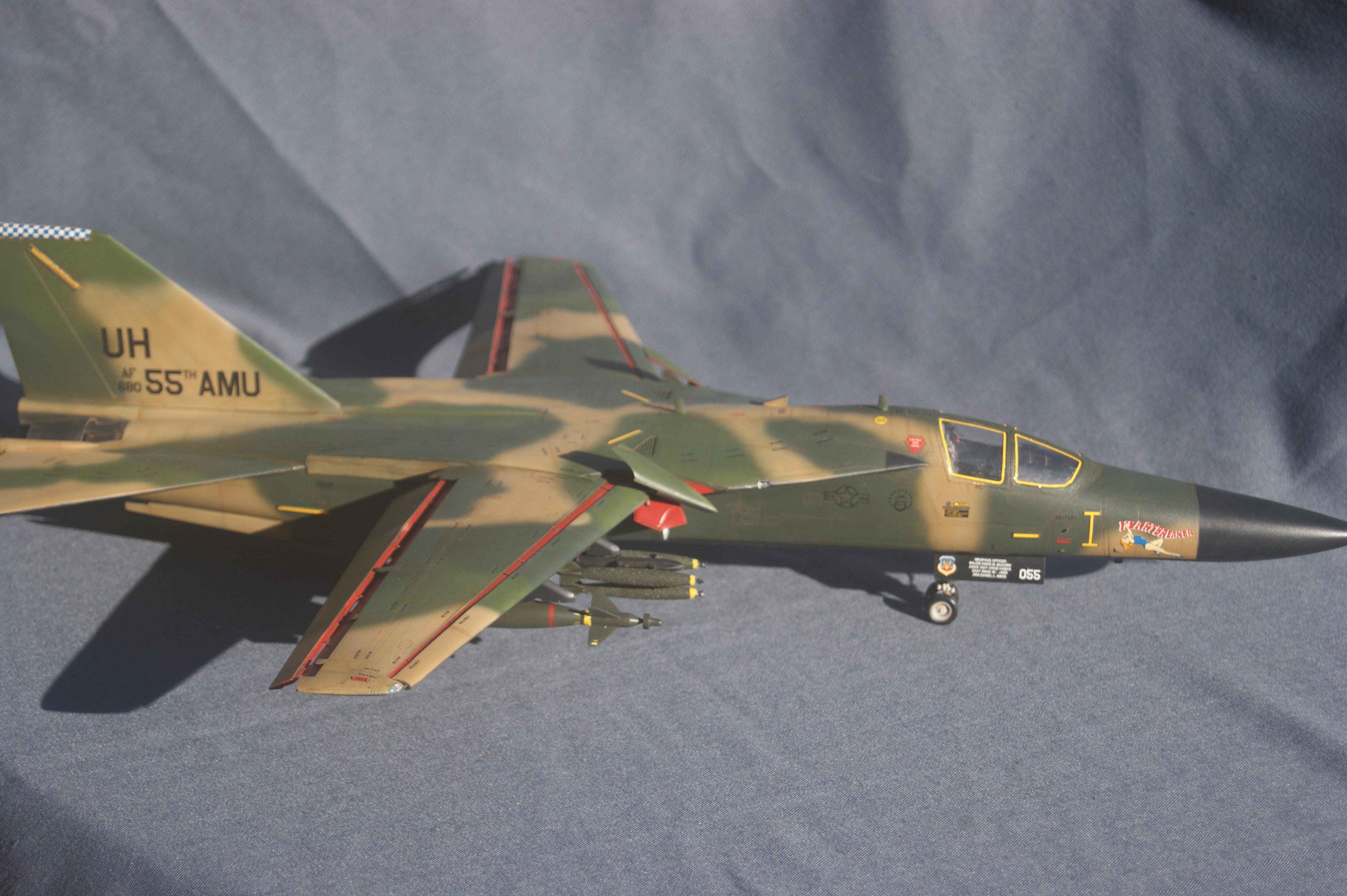F-111D/E Aardvark (HobbyBoss 80350) - Military Scale Modelling